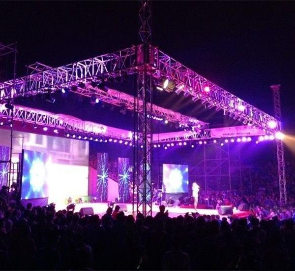 大型舞台 联欢晚会音响灯光设备方案